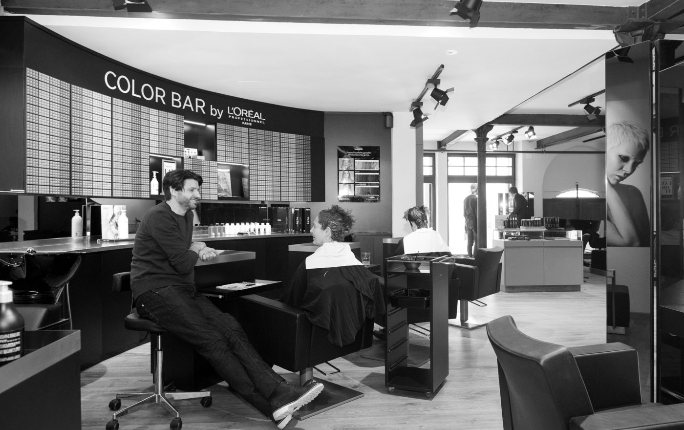 Ghel_Coiffeur_Muenstergasse_Salon_Emotion_Colorbar